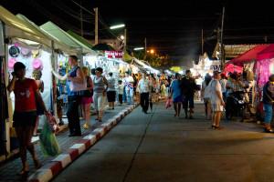 Ночной рынок в Паттайе - Шопинг в Таиланде